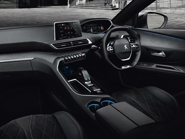 the peugeot i cockpit for an ergonomic and innovative driving experience. Black Bedroom Furniture Sets. Home Design Ideas