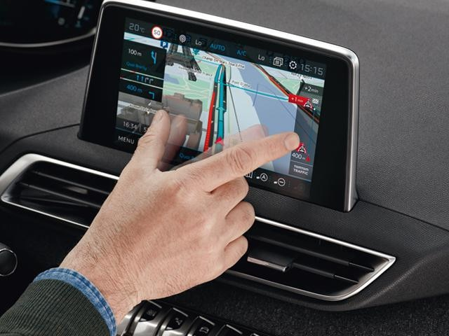 peugeot 3008 suv satellite navigation