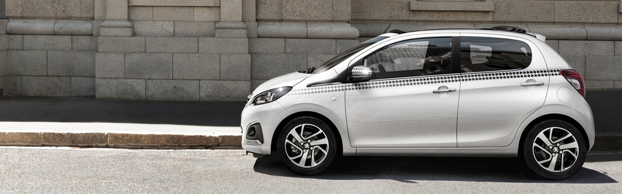 Peugeot 108 Top! with Dog tooth personalisation