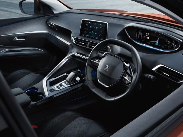 All-new Peugeot 3008 SUV icockpit