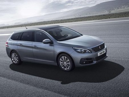 Peugeot 308 SW grey side view