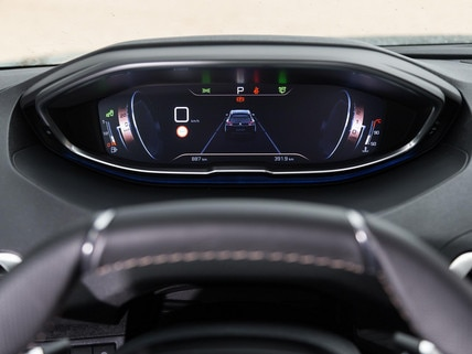 the peugeot i-cockpit®, for an ergonomic and innovative driving