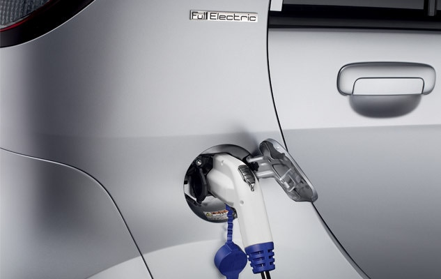 /image/98/9/peugeot_electric_vehicles.108989.jpg