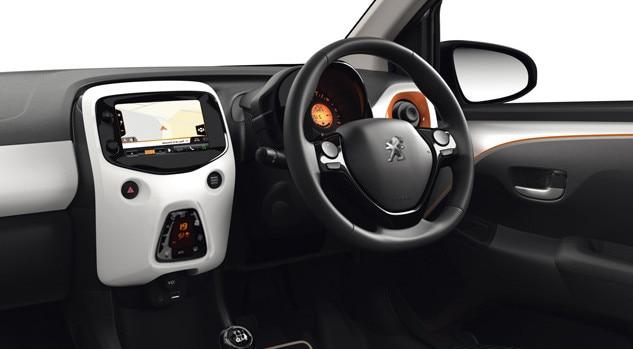 Peugeot 108 RG sat nav